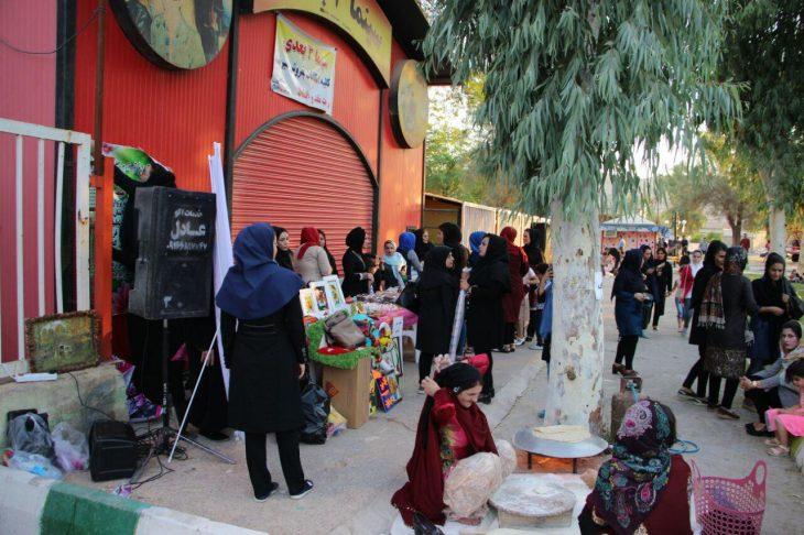 جشنواره صنایع دستی و غذاهای محلی با همکاری شهرداری مسجدسلیمان انجام گردید