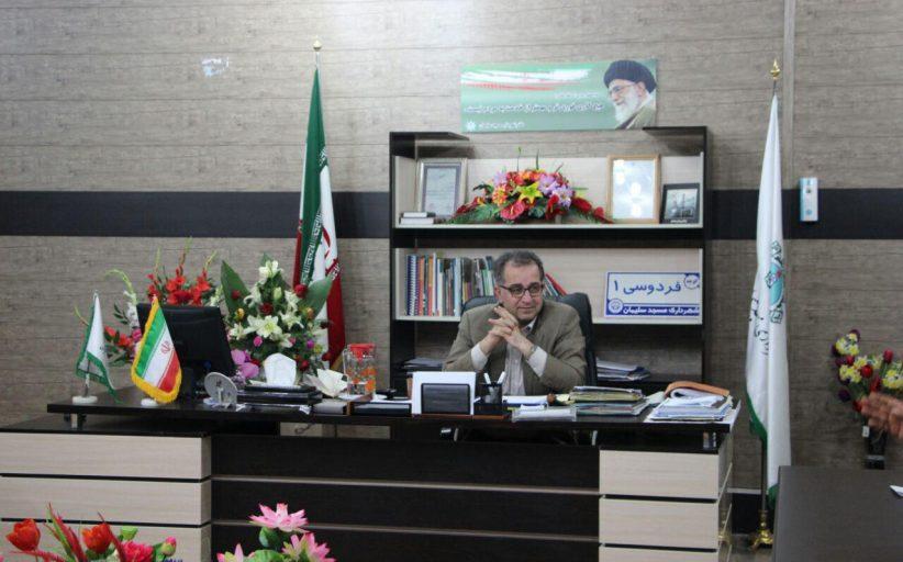 نشست صمیمانه شهردار مسجدسلیمان با پیمانکاران پروژه های شهرداری