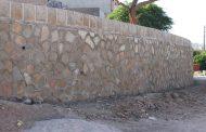 عملیات احداث دیوار حائل سنگی در محلات مختلف مسجدسلیمان ادامه دارد