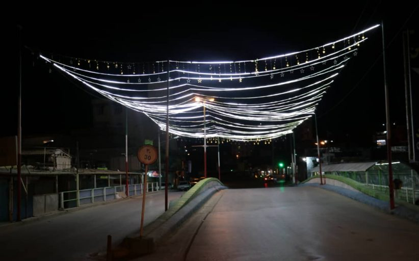 اجرای نور پردازی بر روی پل ارتباطی نمره یک