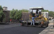 اجرای عملیات آسفالت منطقه بازار چشمه علی (حسین قصاب) به مساحت تقریبی ۷ هزار متر مربع صورت گرفت