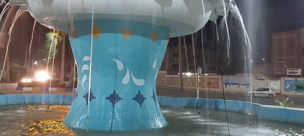 اقدامی دیگر از شهرداری مسجدسلیمان در جهت گسترش فضاهای شاد و پرنشاط شهری، میدان شهدای نفت هم نونوار شد