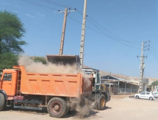 گزارش تصویری پاکسازی ونخاله برداری معابر محلات چهاربیشه وچیت شویی توسط واحد عمران شهرداری