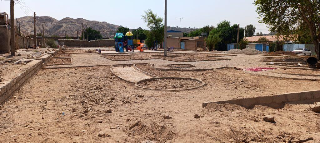 روند تکمیل بوستان محلهای منطقهی نفتون در حال انجام است