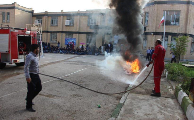 نکات ایمنی شب چهارشنبه سوری آخر سال/سازمان آتش نشانی و خدمات ایمنی شهرداری مسجدسلیمان