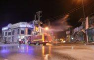 شروع فاز دوم ضدعفونی معابر و خیابانهای سطح شهر مسجدسلیمان با ضدعفونی خیابان آزادی